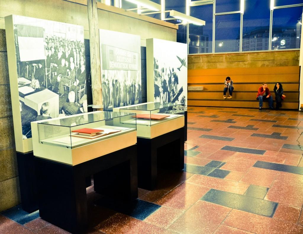 Tranenpalast-expo-berlijn-24