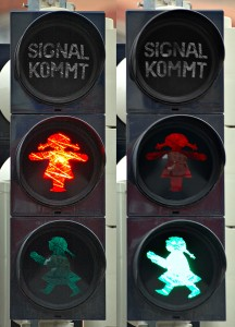 Traffic_light_-_female_(aka)