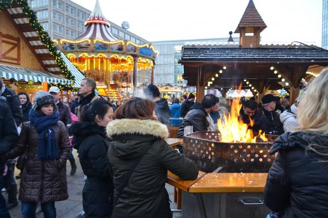 2015-WattedoeninBerlijn - Kerstmarkt Alexanderplatz-3