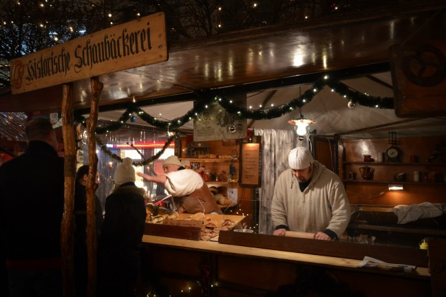 2015-WattedoeninBerlijn - Kerstmarkt Spandau-11
