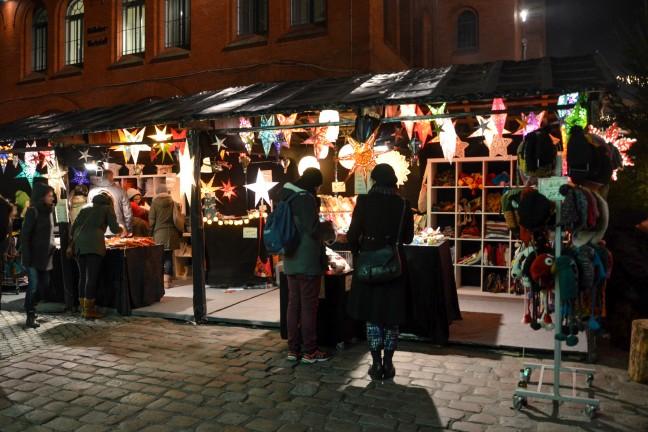 2015-WattedoeninBerlijn - Lucia Weihnachtsmarkt Kulturbrauerei-3