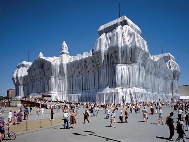 ingepakte Reichstag in Berlijn door Christo