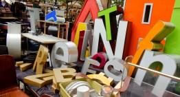 De vlooienmarkt op Arkonaplatz – Antiek en DDR-meubeltjes