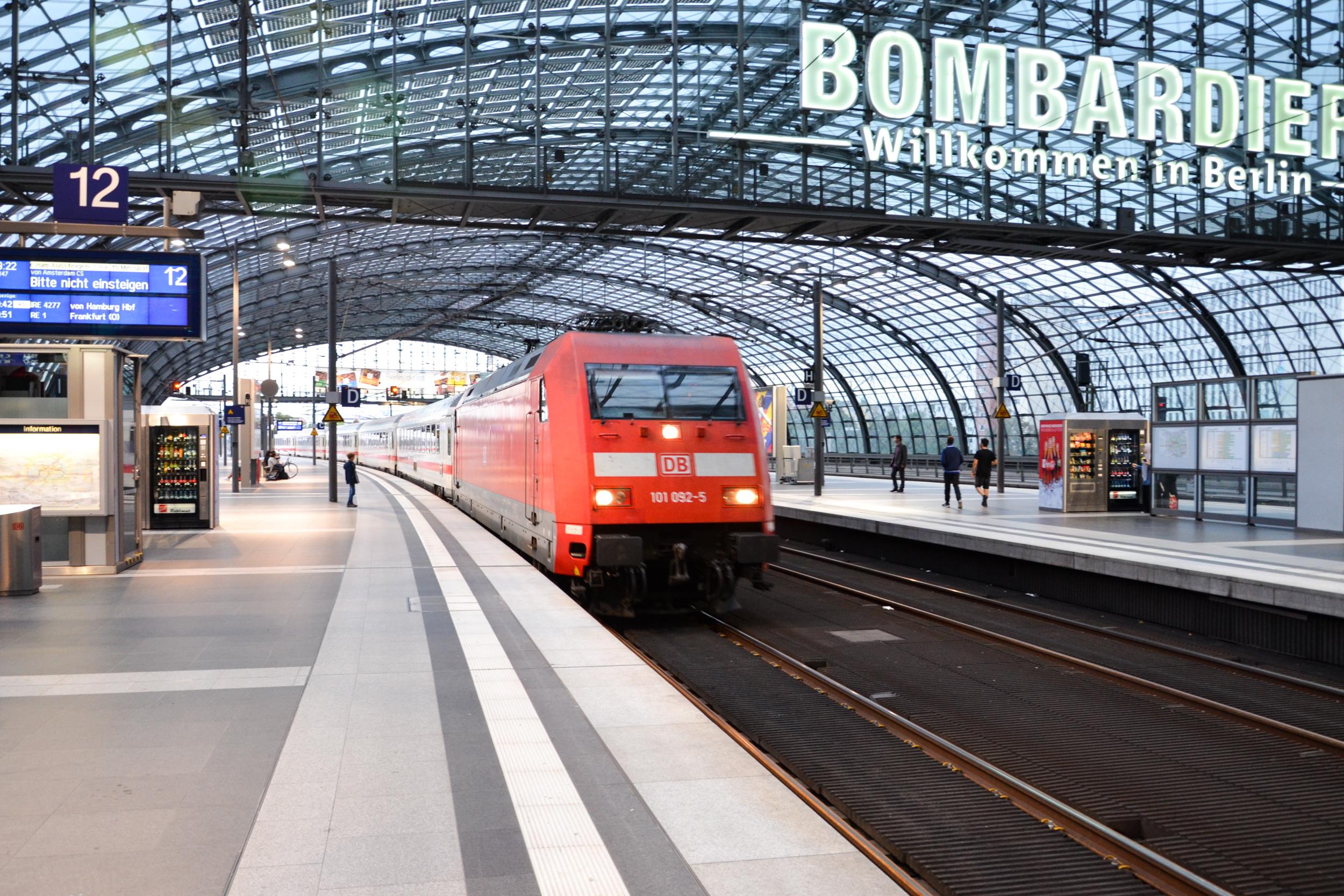 Met De Trein Naar Berlijn Reizen Wattedoeninberlijn Nl