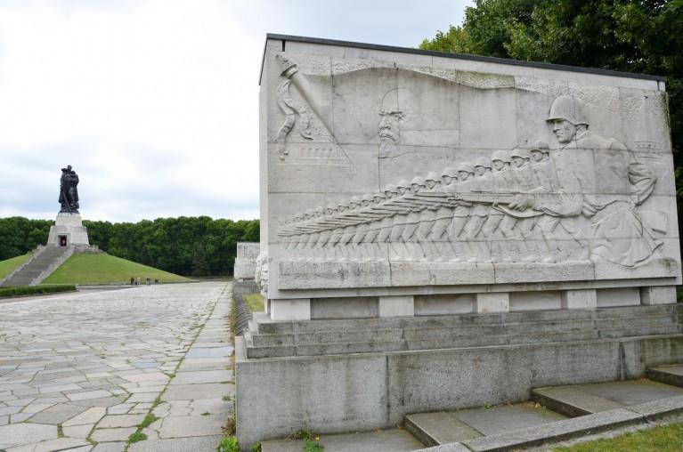 sovjet-monument-treptow_19-79