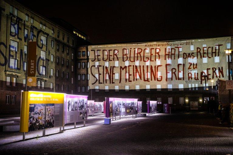 Stasimuseum tijdens 30 jaar val van de muur in Berlijn © Wattedoeninberlijn.nl